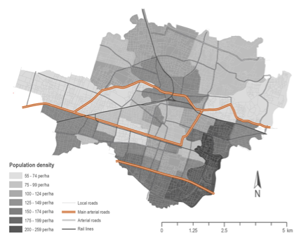 Figure 2: Solo road network and population density. Source: OpenStreetMap (2015) and Kota Kita (2012) population estimates